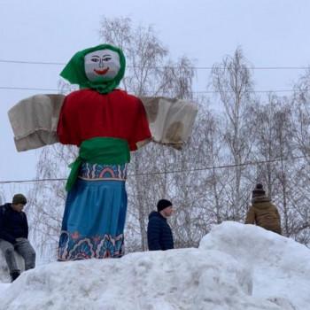 10 марта 2019г. на площади г.п.Петра Дубрава прошли проводы Русской Зимы!